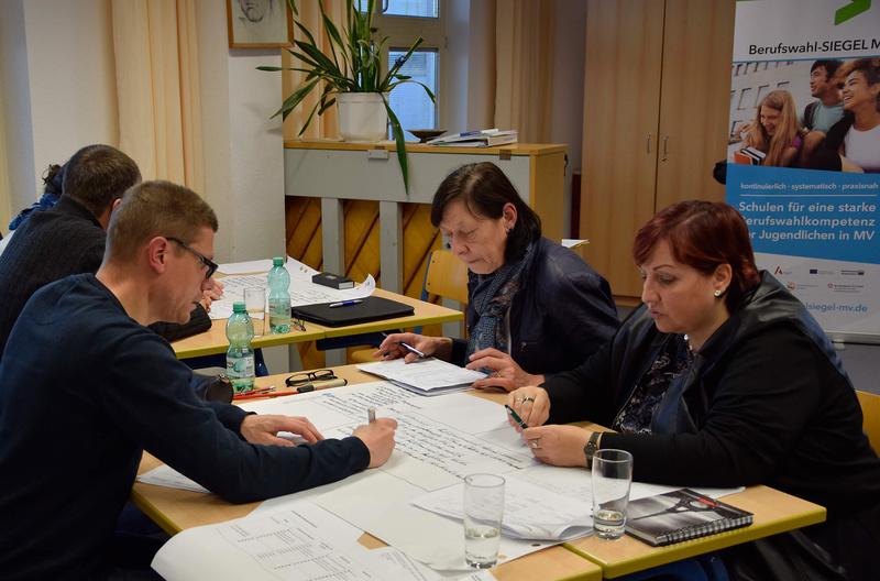 Berufswahl-SIEGEL MV Gruppenarbeit