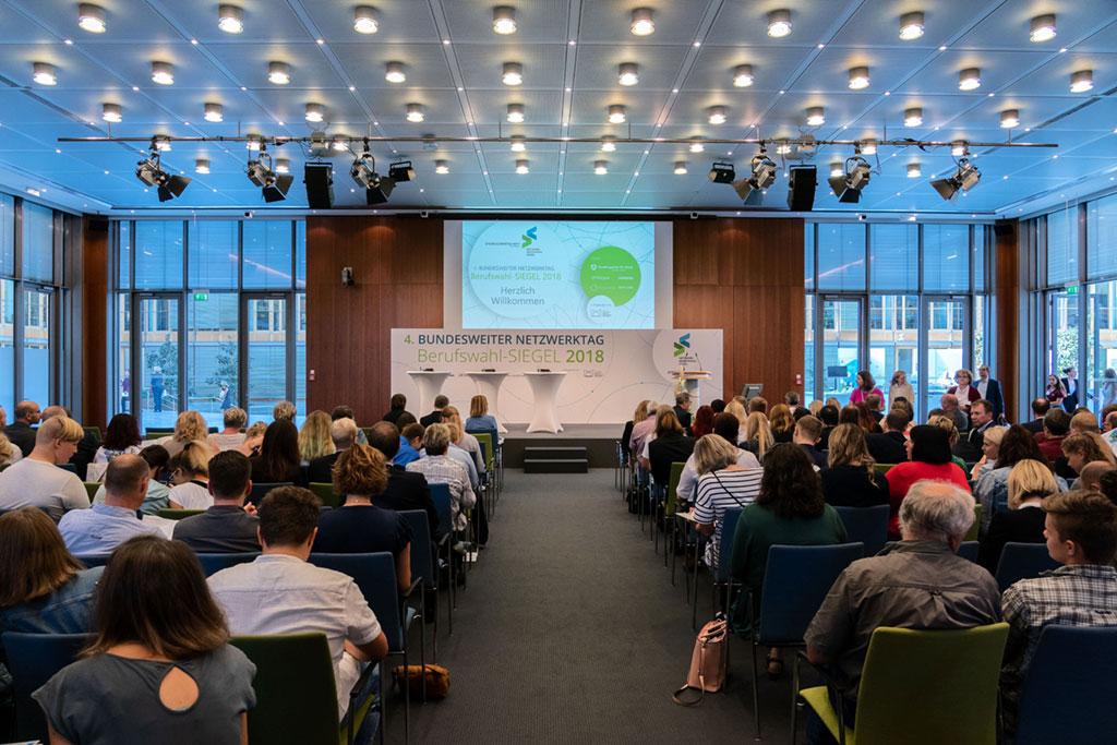 Berufswahl-SIEGEL-News-4.Netzwerktag-Konferenz
