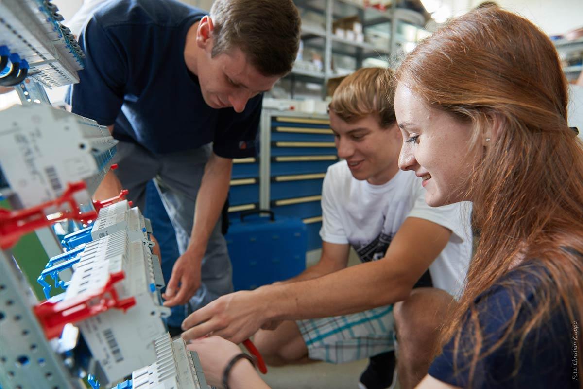 netzwerk-berufswahlsiegel-Blog-Technik-IT-Auszubildende